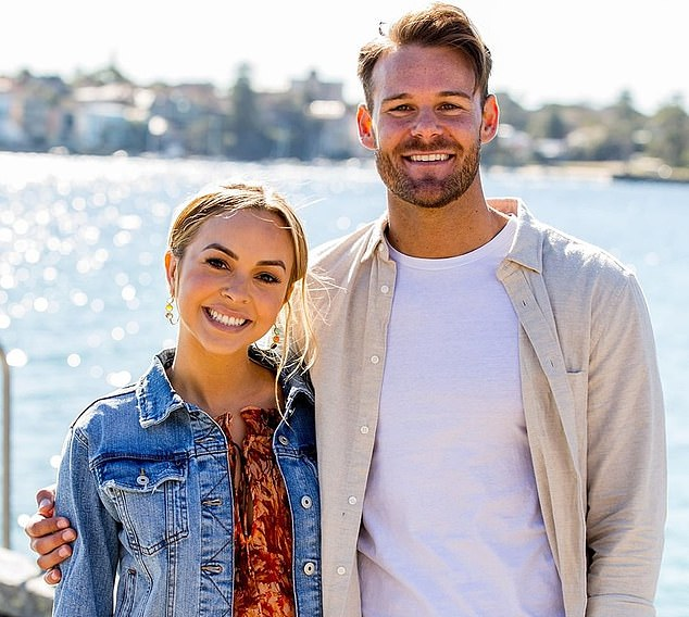 They tried:In February 2020, she moved to Sydney to live with her former boyfriend Carlin Sterritt in their Rose Bay apartment, but in June the couple split