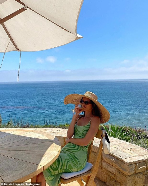 Stampede: She is enjoying a pleasant summer with her elder sister Kourtney Kardashian strolling properly at a beach rental in Malibu;  Kendall posted a picture on Instagram on Sunday