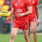 AFL: Isaac Quaynor's leg is split open by his opponent's boot