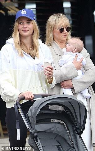 Adorable!Jasmine and husband Karl Stefanovic welcomed daughter Harper in May