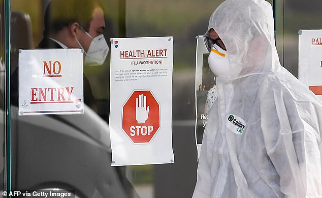 A medical worker enters an aged care facility on July 30. Victoria's health department has found how one hotel quarantine security guard spread the coronavirus to an aged care home