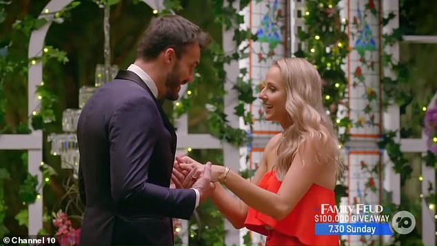 Oops! Just moments after meeting the hunky bachelor for the first time, Izzy's inhaler falls from the back of her dress