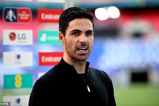 The 22-year-old defender spoke to technical director Edu and boss Mikel Arteta