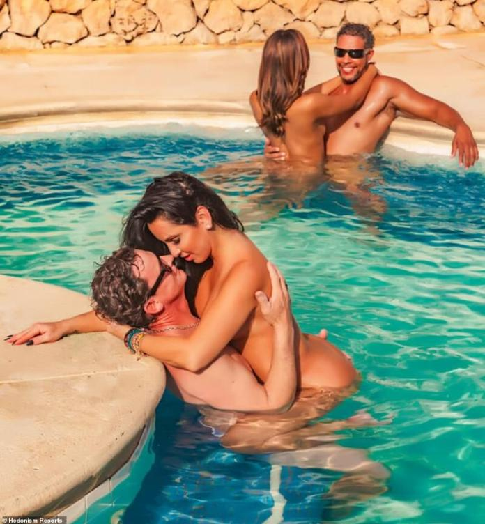 The hotel is known to be a popular attraction among swingers or non-monogamous guests who are free to engage in sexual acts and PDA at its hot tubs and nude pools