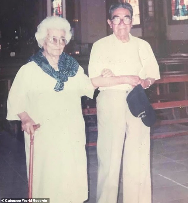 Waldramina Quintero (left) and Julio César Mora (right) were recognized as the oldest married couple