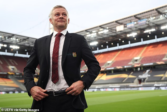 Ole Gunnar Solskjaer had made Sancho his # 1 target, but talks over a £ 108m deal stalled