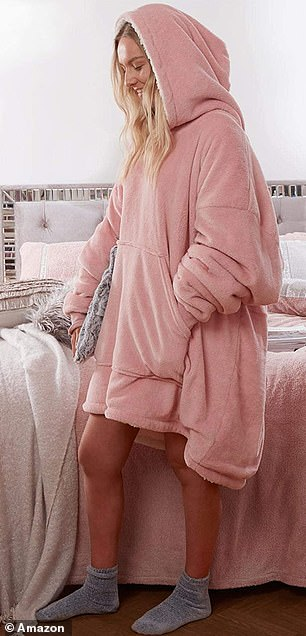 The one size fits all hooded blanket comes in three colours;blush pink, charcoal grey, or silver grey