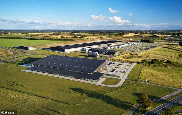 Like all of Apple¿s data centers, the company¿s Viborg data center is running on 100 percent renewable energy