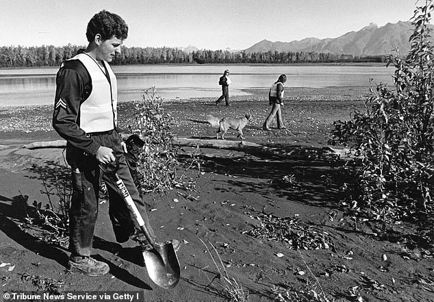 A massive search on the Knik Flats in Alaska for signs of missing prostitutes and topless dancers uncovered a white bracelet in 1983 which could have belonged to a victim