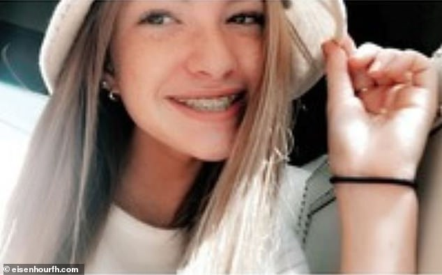 Chloe Marie Phillips, 15, of Blanchard, Oklahoma, died in the early morning hours of August 21 after she overdosed on Benadryl