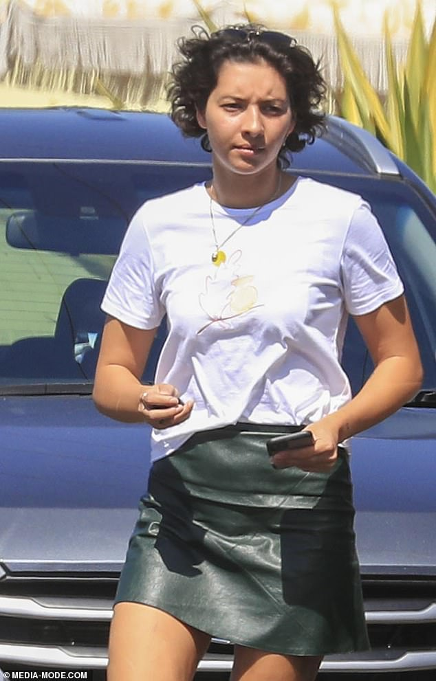 New flame? She's rumoured to have quit her job now and is said to be staying with Zac at Belongil Beach