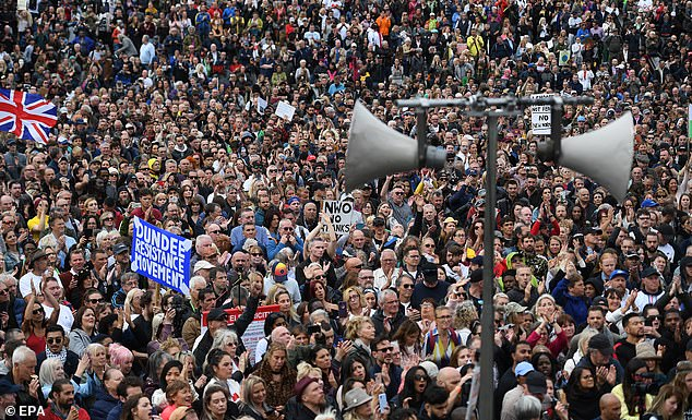 Huge crowd of anti-vaxxers joined Jeremy Corbyn's brother and David Icke in Trafalgar Square before marching on the Houses of Parliament