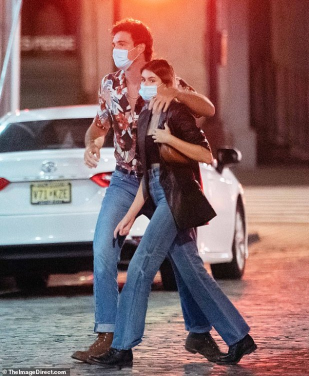 They have the same vibe: not only were they both in step, but they were on matching jeans