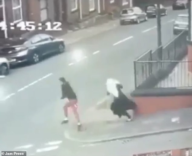 The victim dropped a bag of shopping as she ran after the man, leaving the young girl waiting at the corner of the street