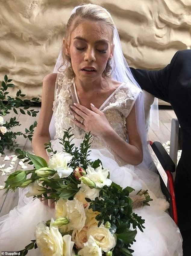 AshleighSimrajh (pictured on her wedding day last week) has lost her battle with melanoma