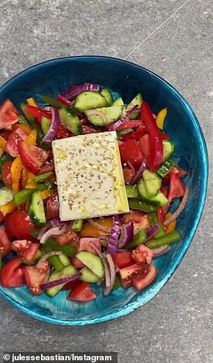 'In the bowl I'm going to put some salt and pepper, oregano, balsamic vinegar and olive oil,' she said