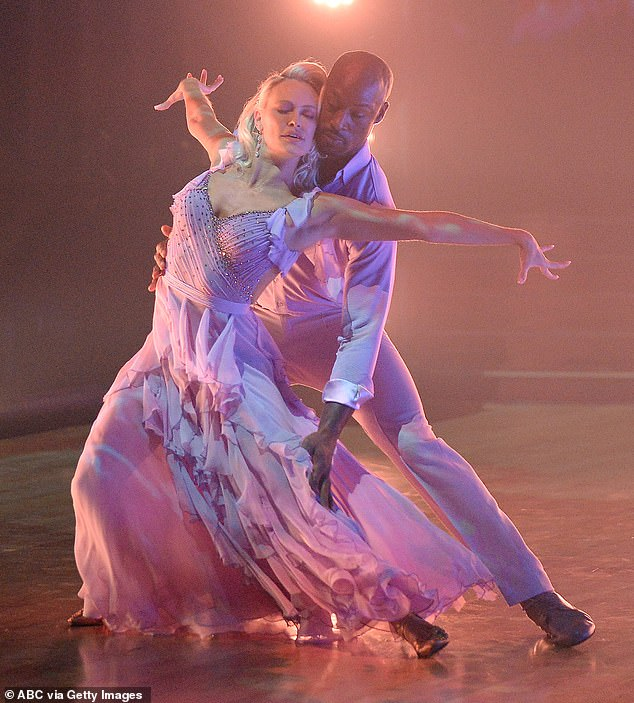 Davis, 36, and pro partner Peta Murgatroyd performed a foxtrot that earned positive reviews from the judges and 17 points last week