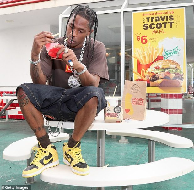 Oh no!  Travis Scott is being fined after a mob of more than 500 people at McDonald's for trying his new $ 6 Cactus Jack meal because he and the fast-food giant failed to get a permit