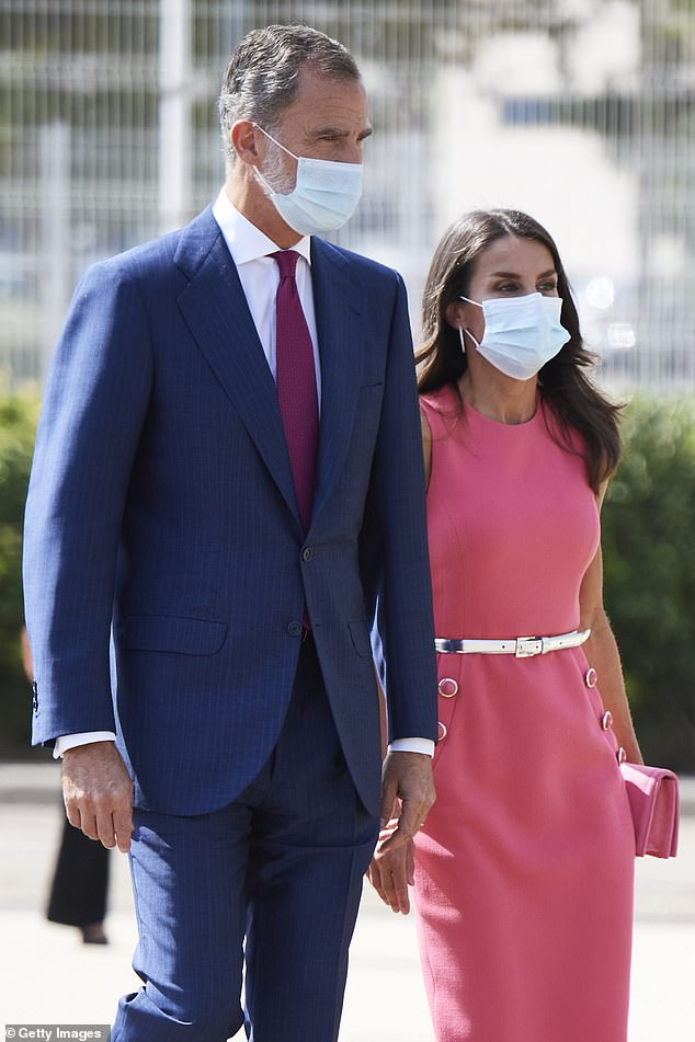 Felipe VI looked dapper in a bluie stripped suit and a white crisp shirt. The couple made the most of the good weather with colourful outfits