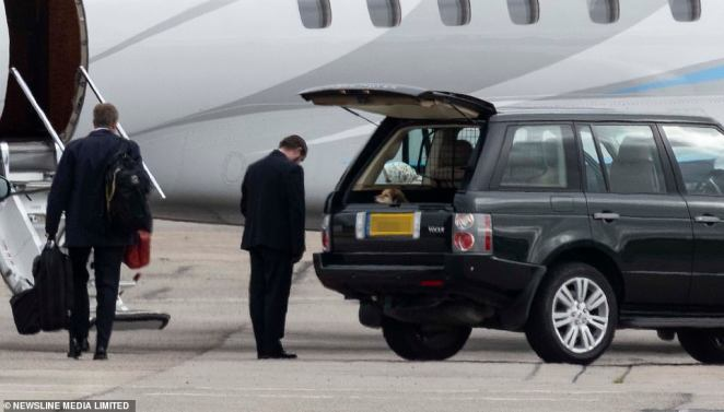 A royal aide could be seen bowing as the Queen stepped out of the vehicle shortly after the Duke of Edinburgh