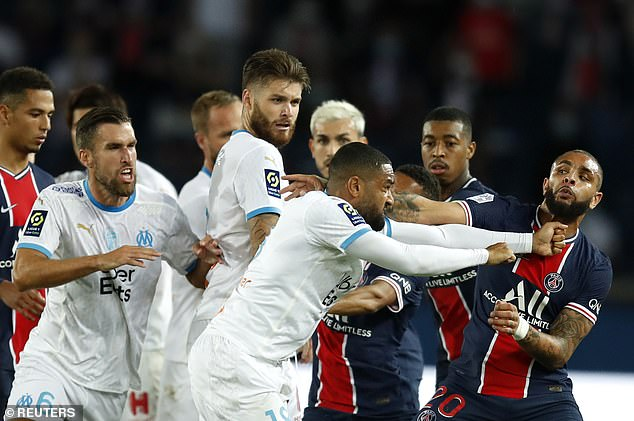 A brawl in the final minutes of the PSG-Marseille match ensued at the Parc des Princes