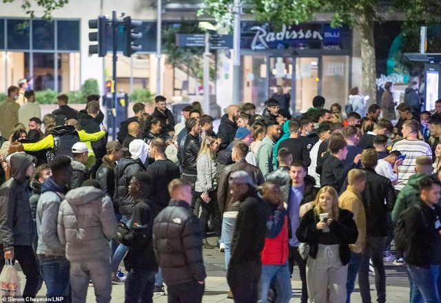 The 10pm curfew brought large crowds to the streets of Bristol too. Hardly anyone wore a mask and many appeared to be standing closer than two metres apart