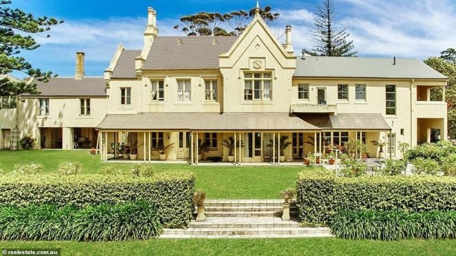 Chemist Warehouse tycoon Mario Verrocchi has bought Mount Eliza's waterfront Morning Star Estate (pictured, the mansion) for an estimated $40million