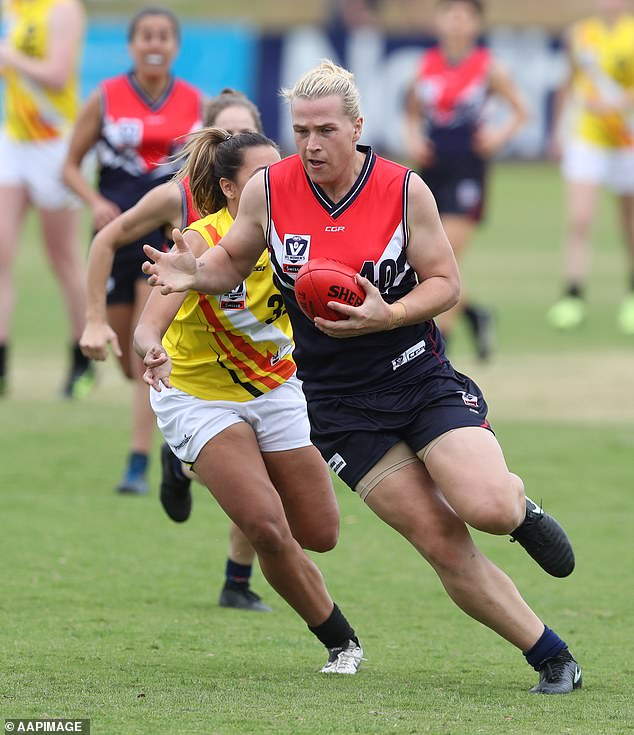 In 2018 Australian women's handball player Hannah Mouncey, a trans woman who is 1.88metres tall and weighs 100kg, withdrew her nomination from the draft for the Australian Football League's professional women's competition