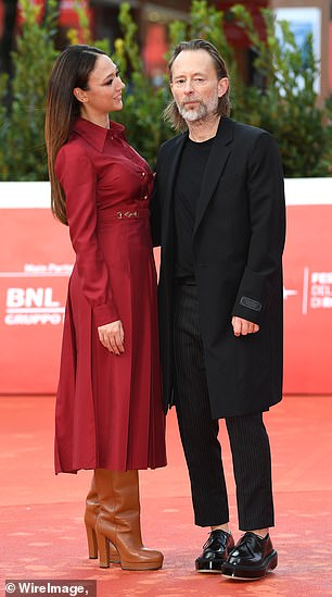 Chatty: The happy couple saw them talk to each other on the red carpet