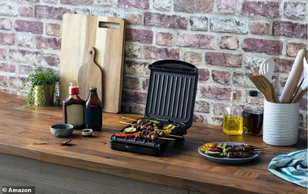 TheGeorge Foreman 25800 Small Fit Grill is currently reduced to just £14 on Amazon