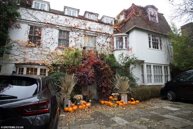 Paired back: Jonathan's home was distinctly more subdued this year amid the COVID-19 outbreak