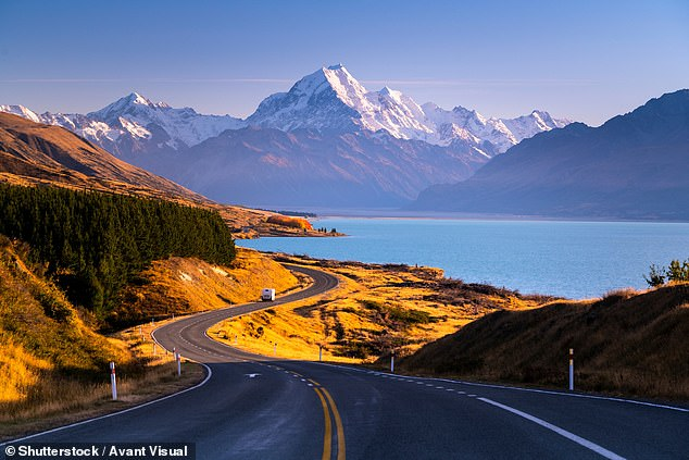 Tourism is New Zealand's largest export industry, employing 8.4 percent of the kiwifruit. Pictured: Mount Cook, New Zealand