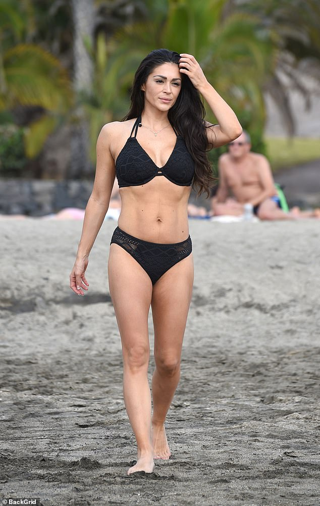 Ripped!The CBB star, 36, who has dropped 2st 7lbs following the birth of her second daughter in January, looked amazing during her relaxation session in the sea