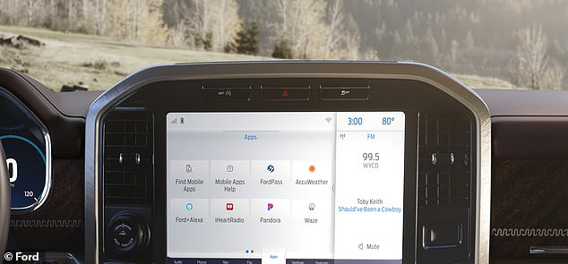 A 12-inch touchscreen adds to the working possibilities from the driver's seat