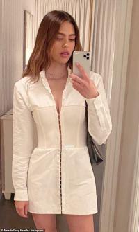 Amelia Hamlin, 19, poses in mini dress for Instagram selfie amid romance with Scott Disick, 37