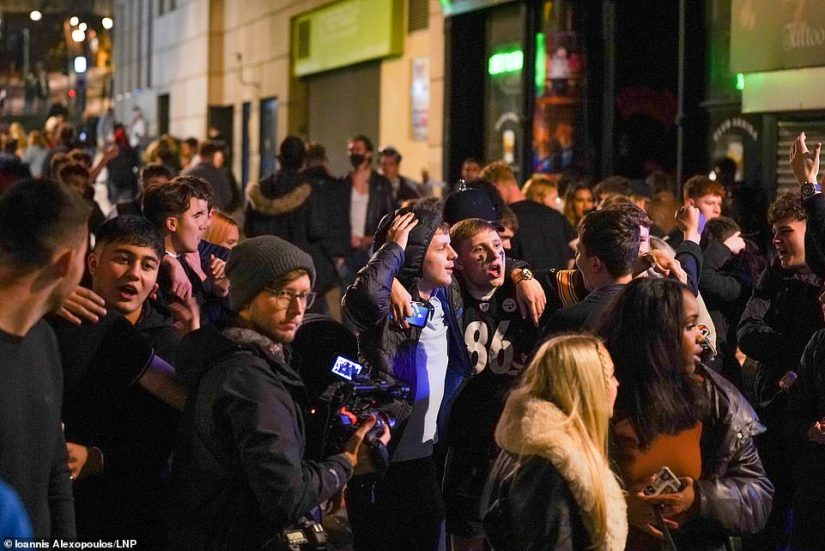 The 10pm curfew was widely criticised after its introduction in September as crowds congregated outside pubs