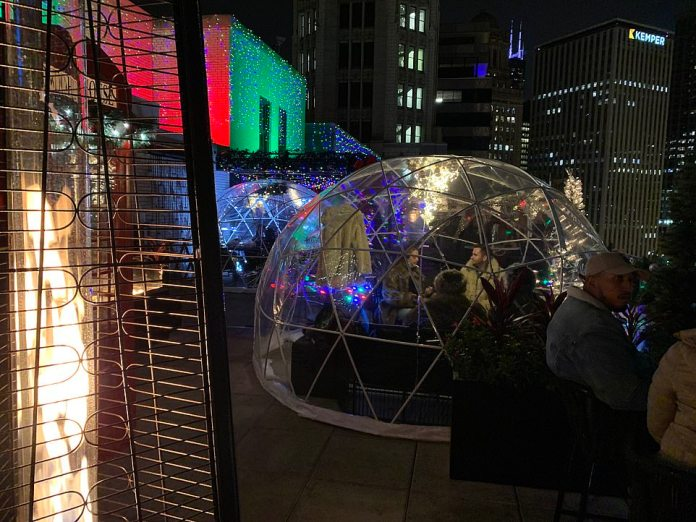 CHICAGO:Restaurateurs in America's coldest cities are facing much larger challenges with outdoor dining as they look for ways to keep diners safe from wind and snow while also adhering to city restrictions