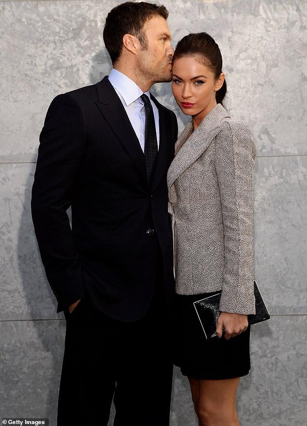 Retroceso: la actriz de 34 años solicitó anteriormente el divorcio de él en 2015, pero finalmente arreglaron las vallas;  aparecen en la foto en septiembre de 2010 tres meses después de casarse