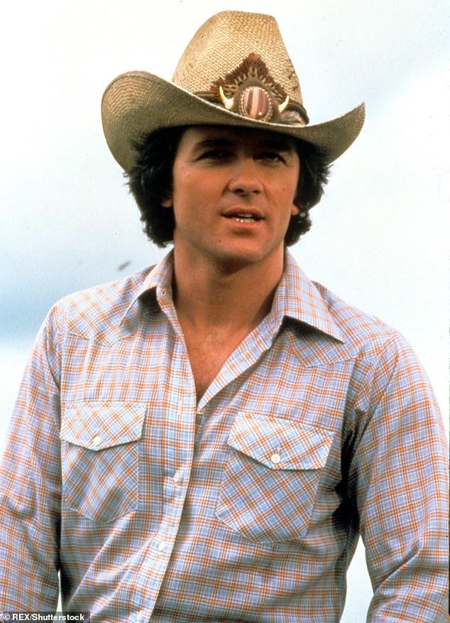 Corazón de vaquero: 'Ese es el regalo que me dio COVID, Linda Purl es la dama de mi vida', dijo el actor a Extra esta semana;  visto aquí como Bobby Ewing en Dallas