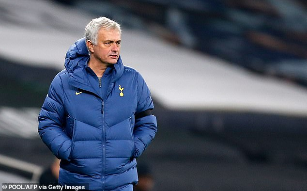 Tottenham manager Jose Mourinho paid tribute to 'team player' Alli following his performance