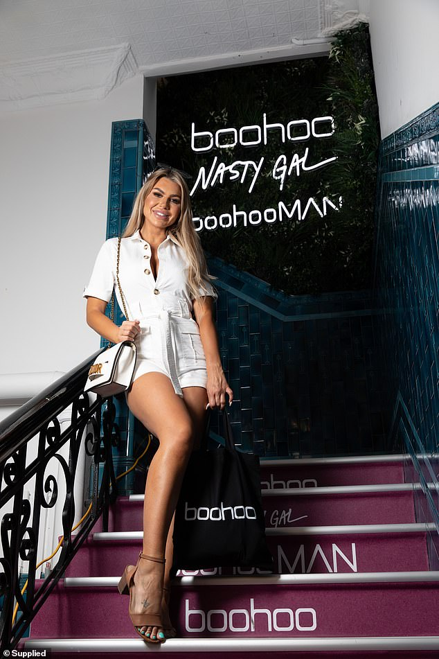 Loot: The Bachelor In Paradise alum carried a white handbag and toted a boohoo canvas tote bag filled with goodies from the gifting suite