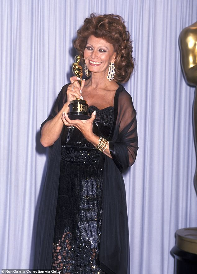 Legendary: Sophia at the 63rd Annual Academy Awards in Los Angeles on March 25, 1991 after receiving an Academy Honorary Award