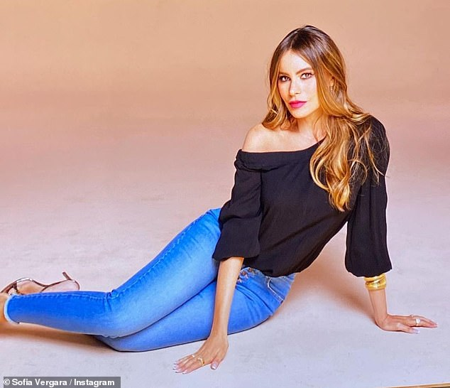 Sofia Vergara stuns as she models denim and floral dress from her latest Sofia Jeans collection