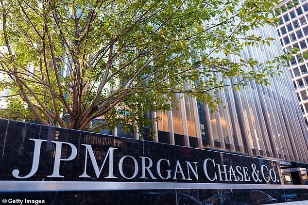 Analysts at major banks like JP Morgan have changed their outlook on bitcoin, and have even argued it could prove an alternative to gold