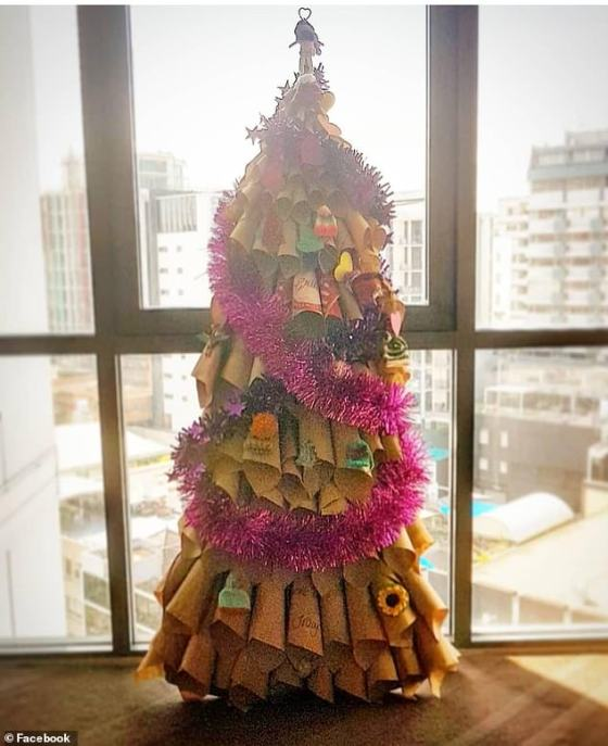 Several very cunning guests in self-isolation even managed to create their own thoughtful Christmas trees in their hotel room