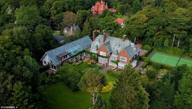 The football boss said he was keen to get his mansion on the market, and offered the estate agents a tour of his incredible spacious home