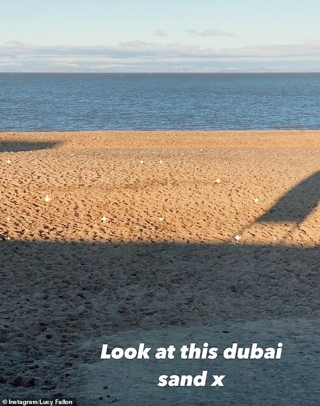 Look! She also shared another story of the beach where she wrote: 'Look at this dubai sand x'