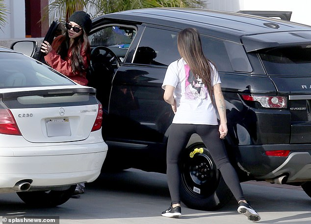 The mother and daughter are reunited in the parking lot in the town of Fillmore, California
