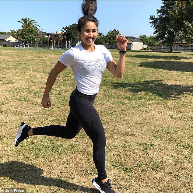 Before she met herfiancé in the gym, Anjuli would do whatever workouts she found online for free and hit the gym regularly, without seeing results