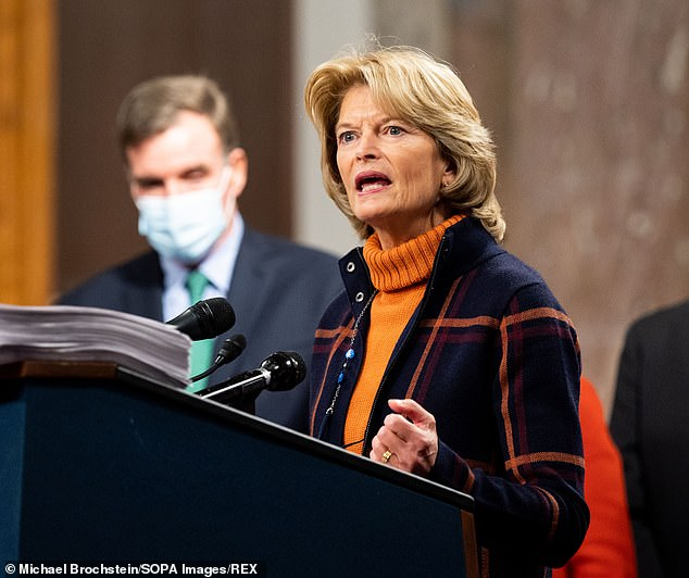 Murkowski warns she might leave Republican Party – which would give Democrats clear Senate majority